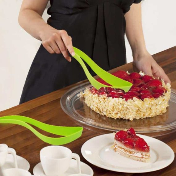 Plastic Cake Server Set