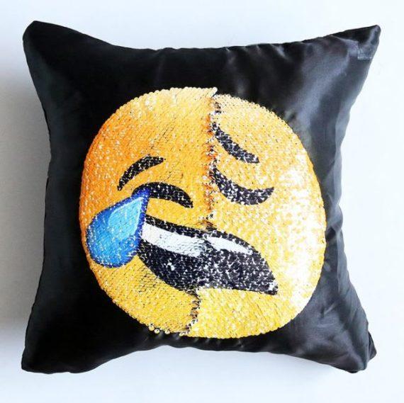 Face Changing Emoji Pillows 5
