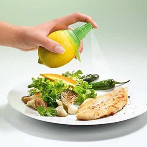 Creative Plastic Lemon Sprayer Gadget